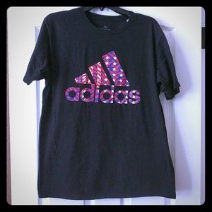 Men's Adidas the go to tee size large